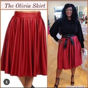 Dresses & Skirts - Plus Size Faux Leather Pleated Skirt